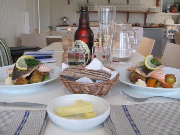 Abendessen im Restaurant Granö Beckasin, Nordschweden