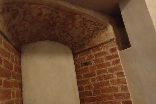 Dicke Mauern im Schloß Örebro