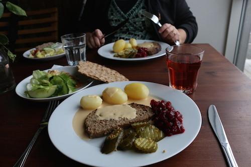 Deftiger, schwedischer Lunch. Natürlich mit Knäckebrot!