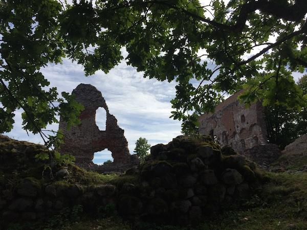 Ruine der Ordensburg in Viljandi, Estland