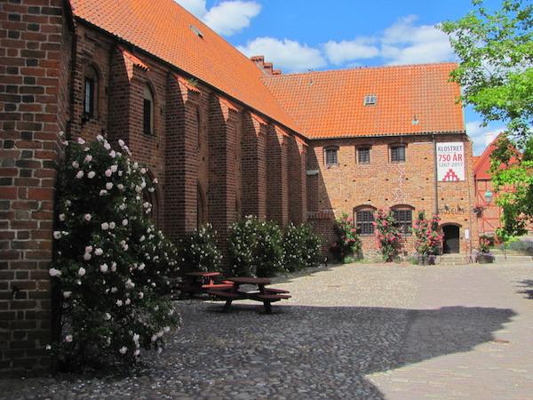 Klostret Ystad, Sverige