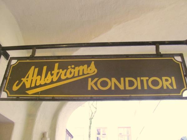 Schild der Konditorei Ahlströms in Göteborg