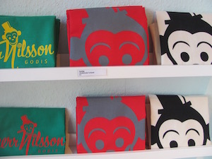 Schwedisches in Berlin: Fanartikel im Herr Nilsson Godis Shop
