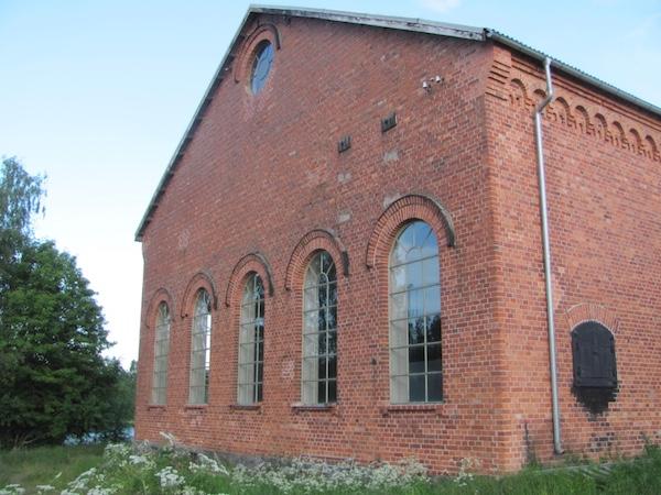 Alte Maschinenhalle auf Norrbyskär