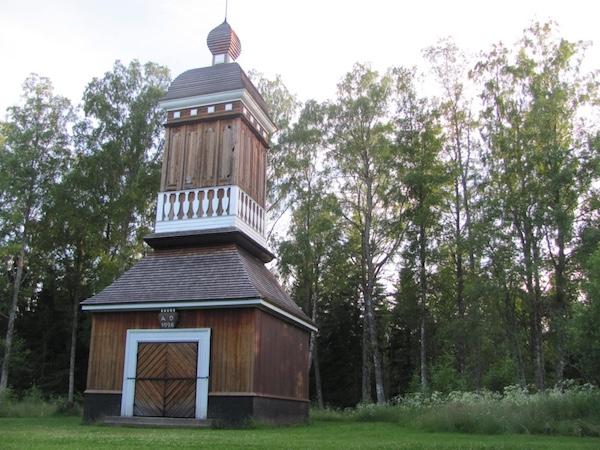 Kirchturm aus Holz auf Norrbyskär
