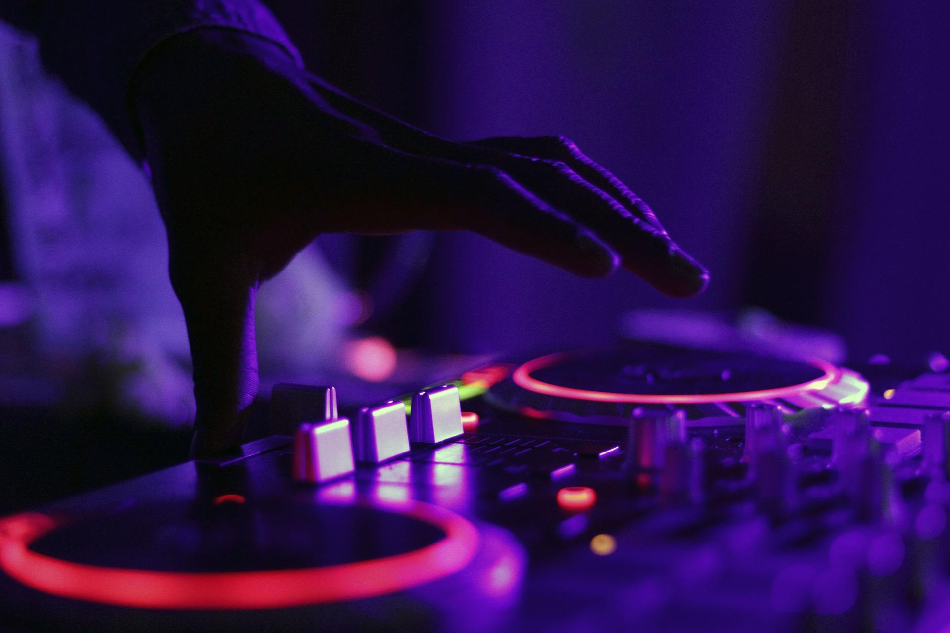 Weitere DJs