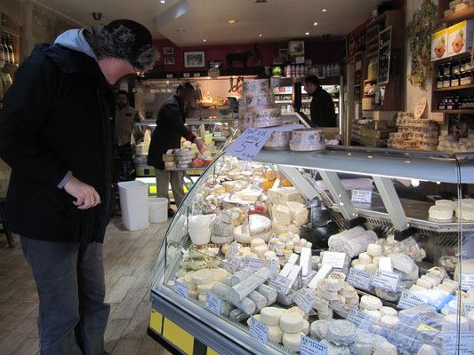"""Say """"cheese"""" at La Fermette on rue Montorgueil"""
