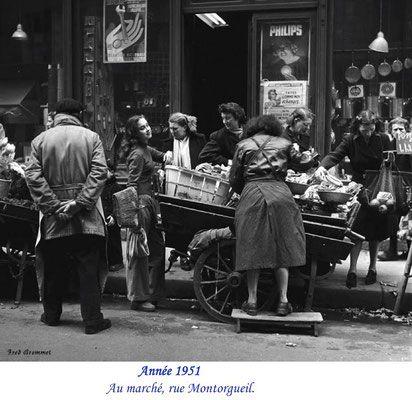 """Rue Montorgueil in the """"Oldie days"""""""