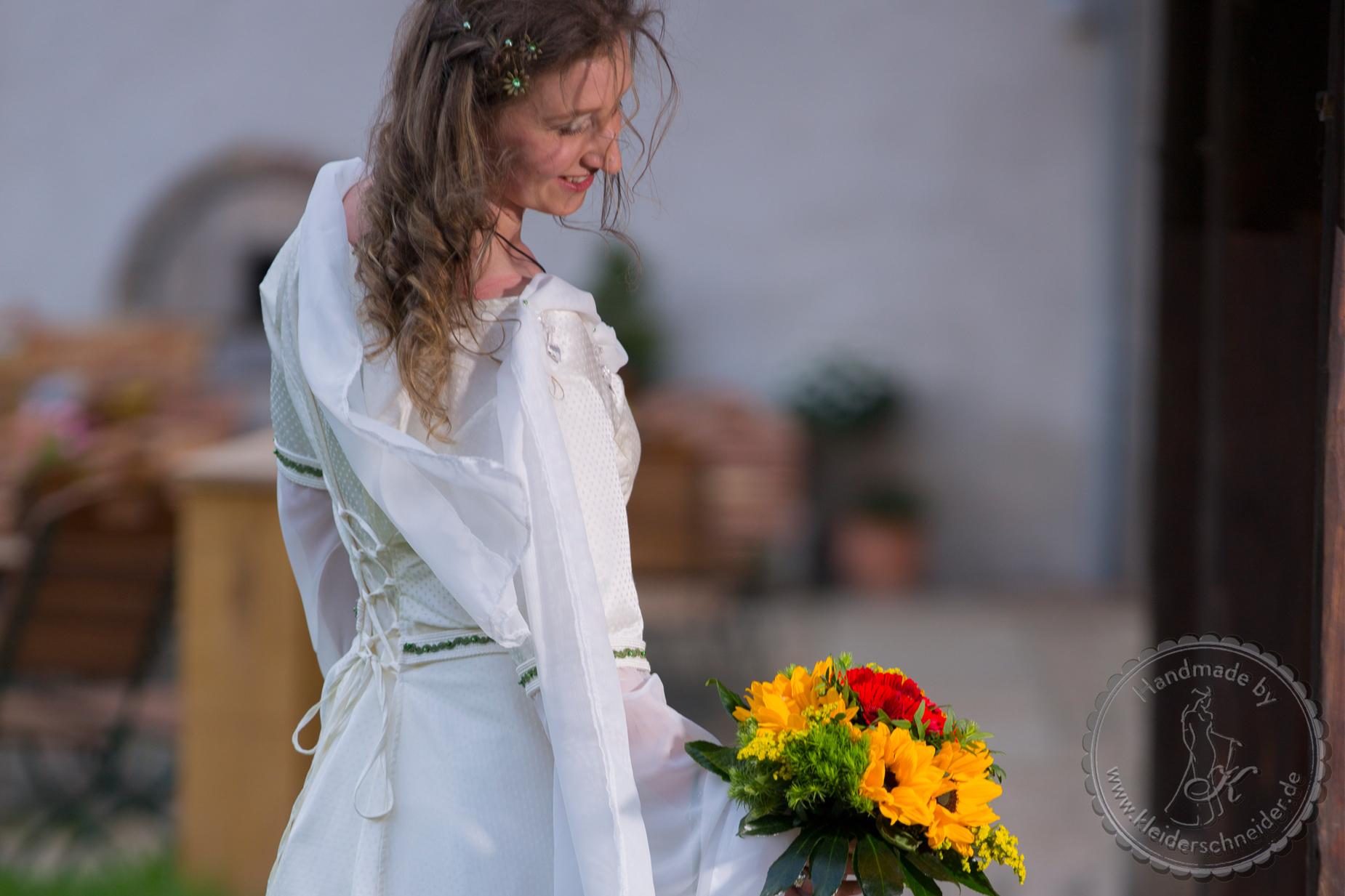 Hochzeitsgewand