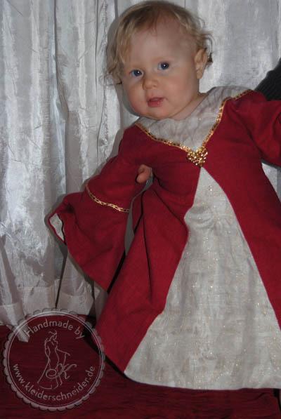 Taufkleid, Kindergewand, Mittelalterkleid