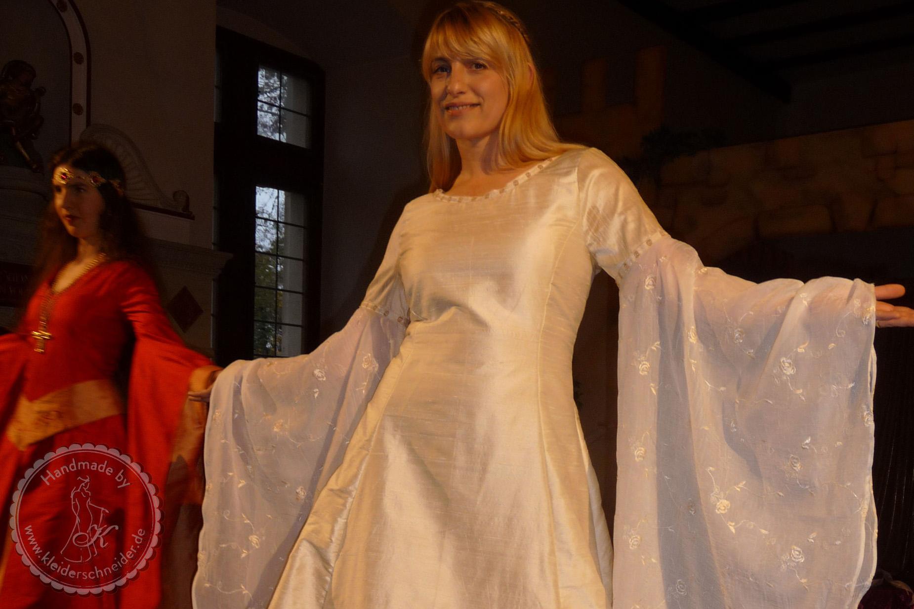 Feengleiches Brautgewand