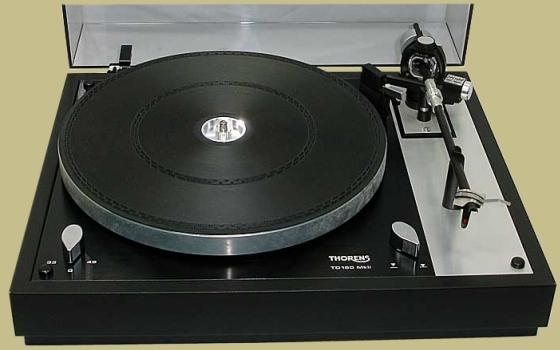 THORENS TD 160 MKII (Schweiz 1976), manuell