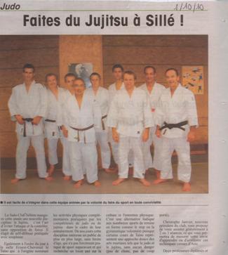 Septembre 2010 – Le groupe qui pratique le JU-JITSU