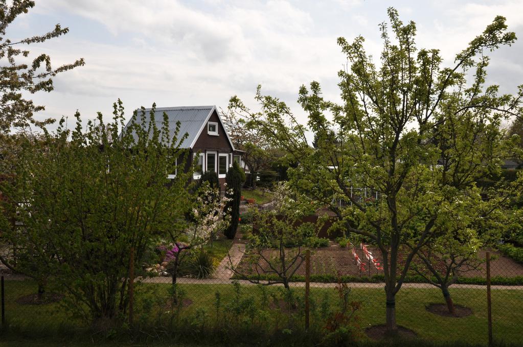 Die Gartenhäuser wurden erbaut mit...