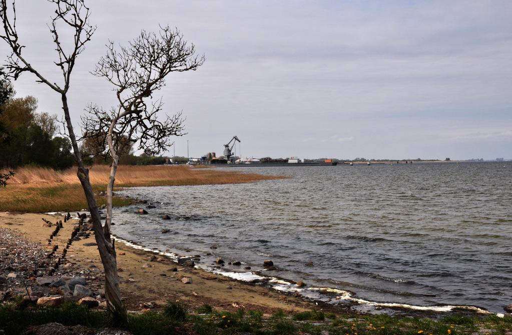 Blick auf den Seehafen