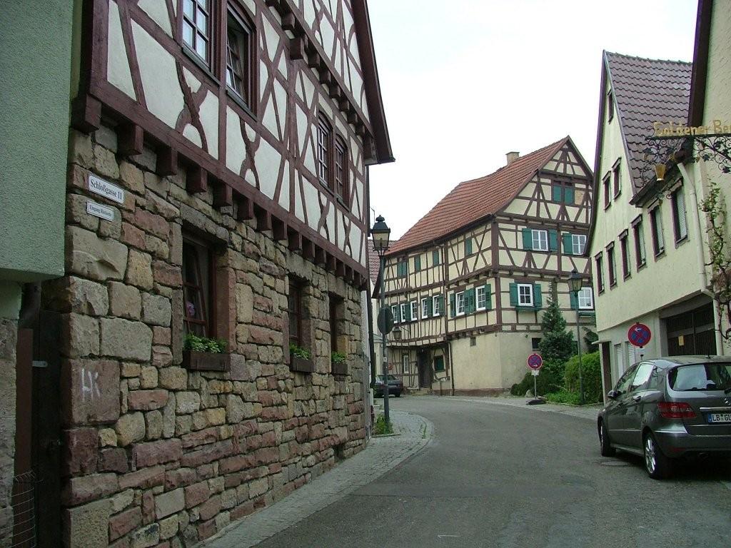 Weiter geht es über die Schlossstraße.