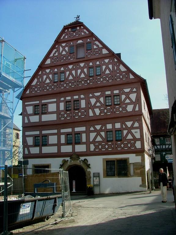 Das Hornmoldhaus - Nebenan ist auch die Stadtinformation
