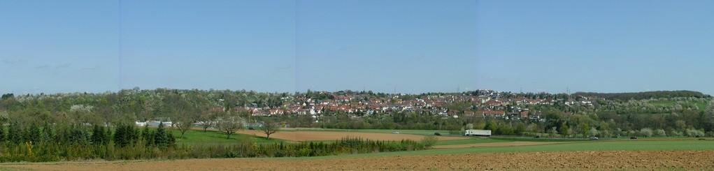 Blick auf Hochberg in der Panoramaansicht