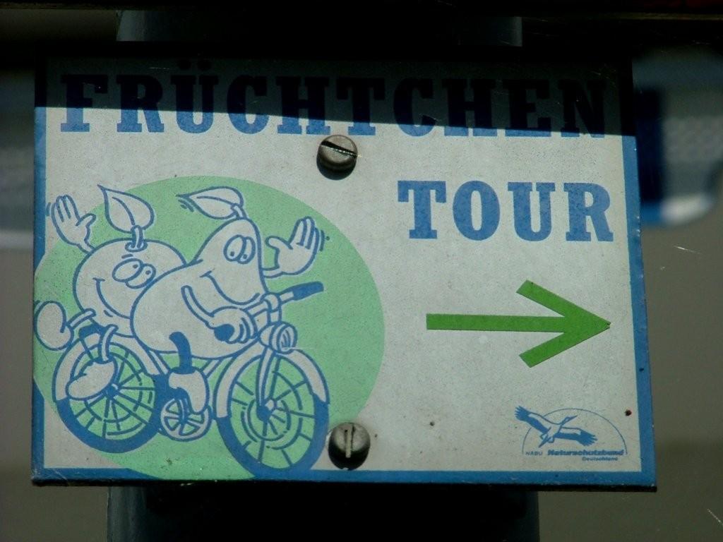 Folgen Sie während der Route den Hinweistafeln der Früchtchen Tour.