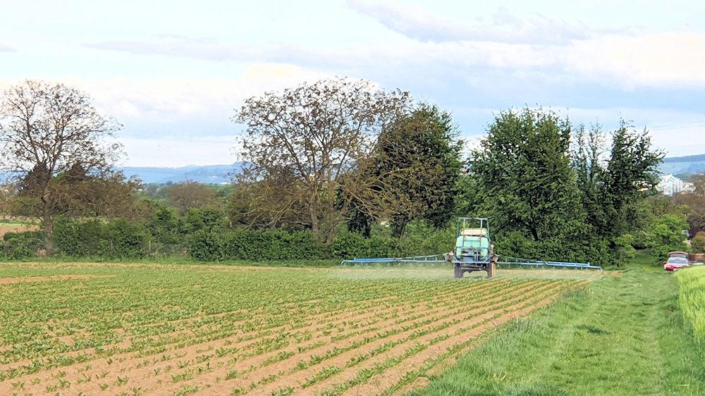 Spritzmitteleinsatz auf den Feldern