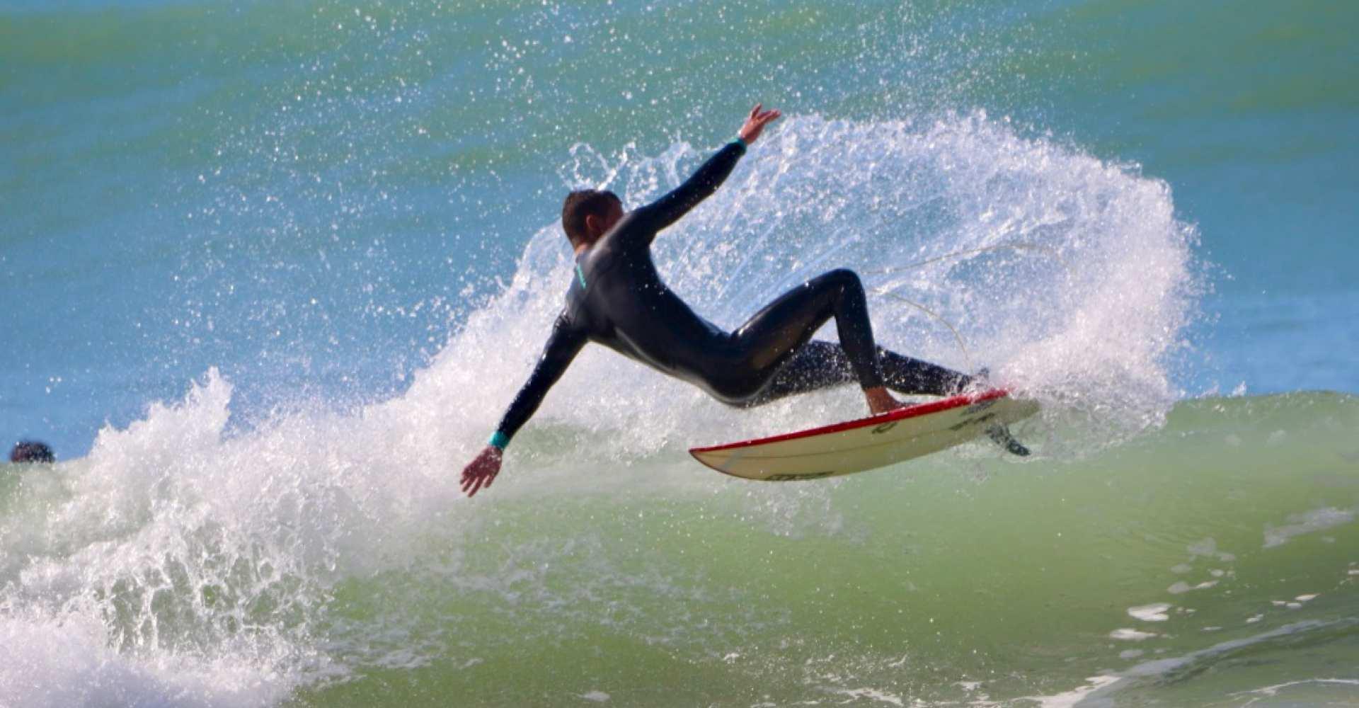 alquilar tablas de surf