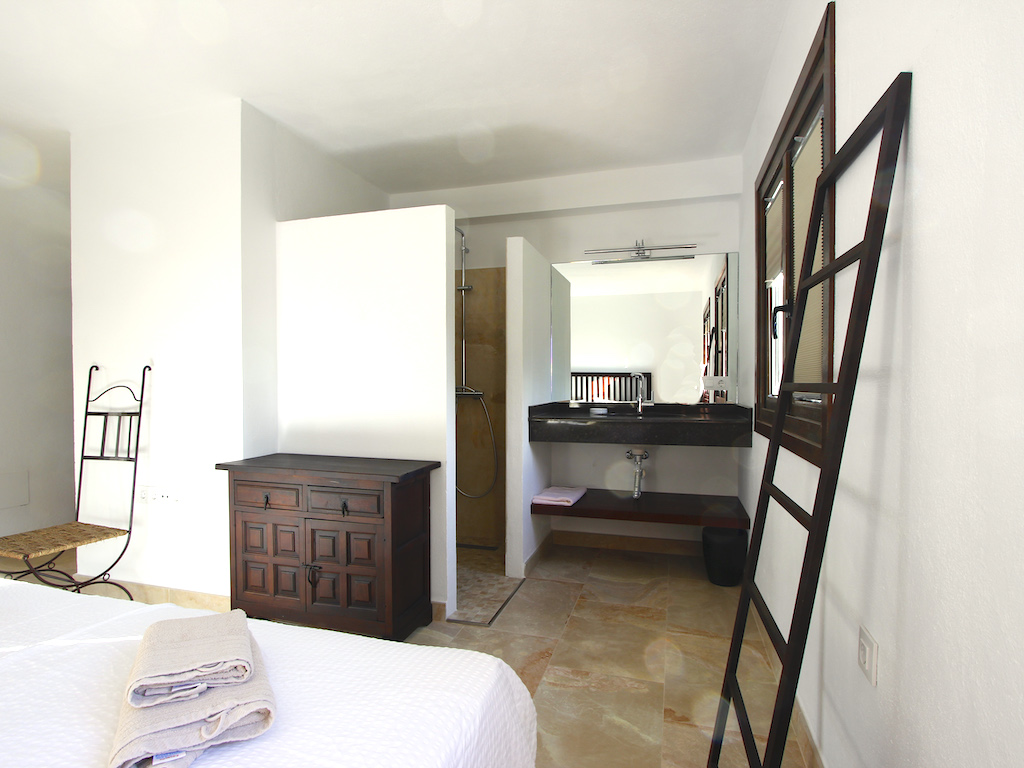 Doppelzimmer mit Badezimmer