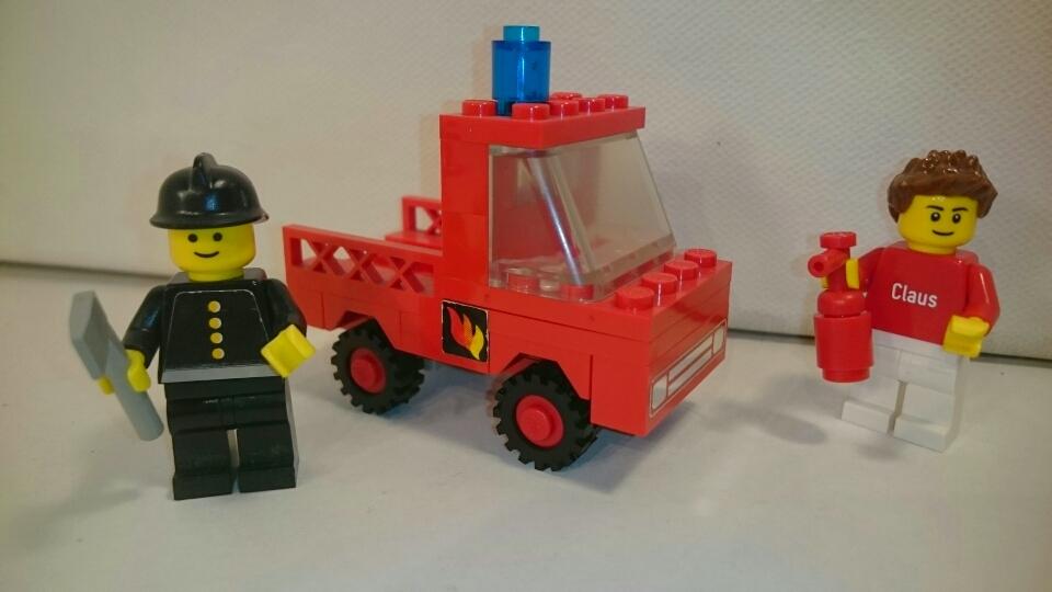 620 - Feuerwehrwagen mit Brandmeister
