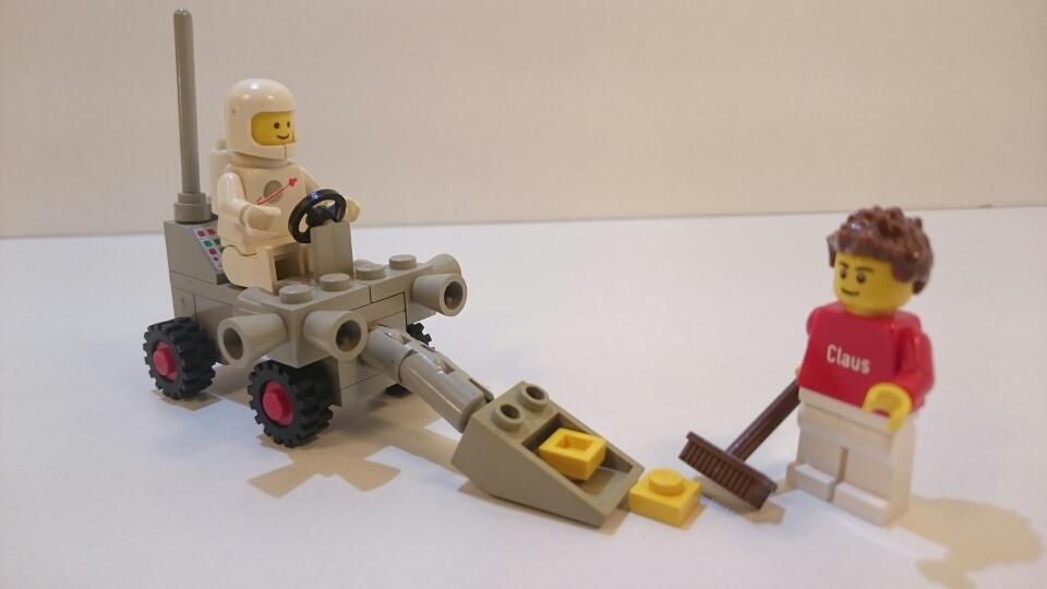 6821 - Forscherfahrzeug