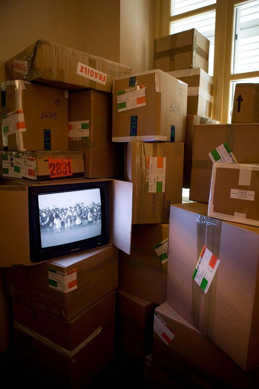 ...dalla clandestinità, installazione, Palazzo Piozzo, Rivoli, 2008