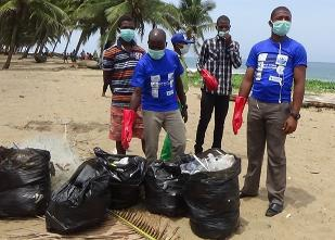 IOI WESTERN AFRICA (Nigeria): Beach clean-up in partnership with coastal communities in Ibeju-Lekki area of Lagos state