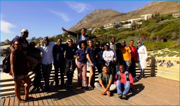The participants visiting Boulders Beach on their visit to False Bay. Photo credit: IOI SA