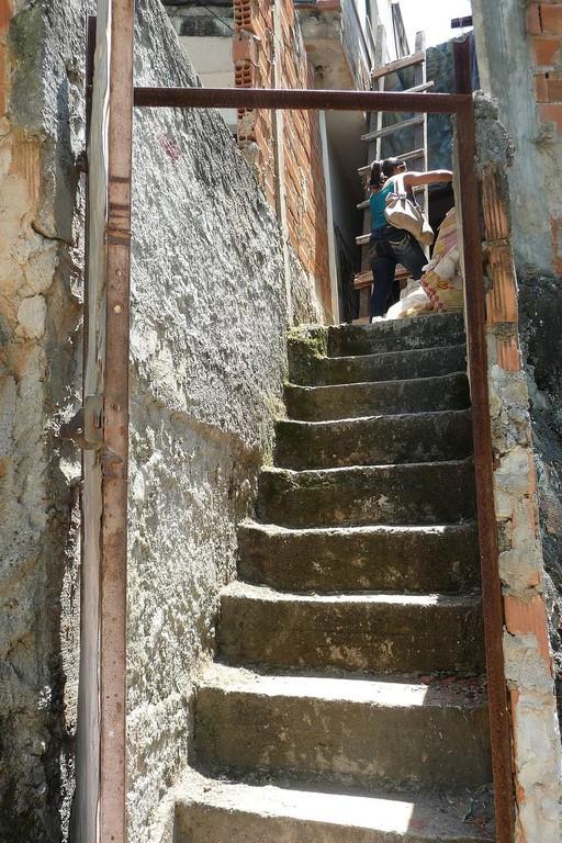 Rio, la favela é fatta a scale...