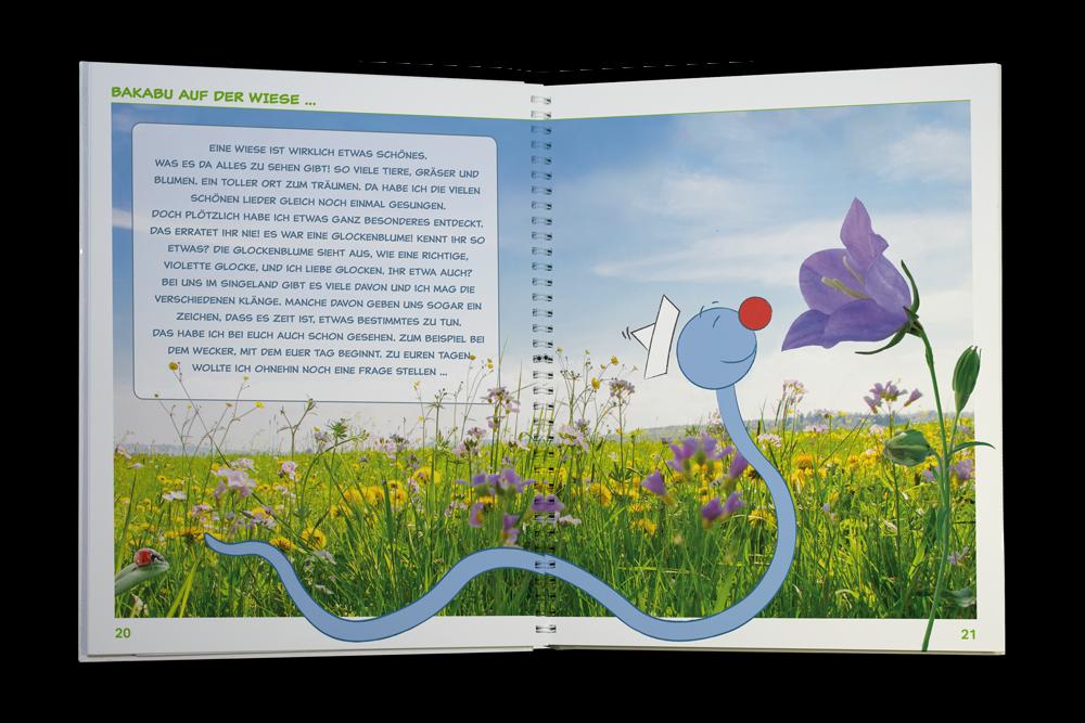 Liebevoll gezeichnete Illustrationen begleiten durch das Kinderliederbuch.