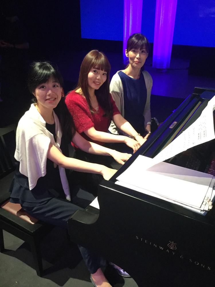 いつも仲良し、ピアニストチーム!