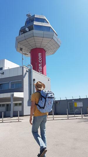 Handgepäck Rucksack Test: Der Cabin Max Metz im Test