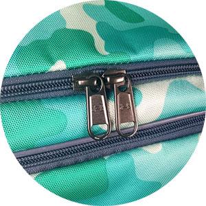 2-Weg-Reißverschluss der Under Armour Sporttasche bunt