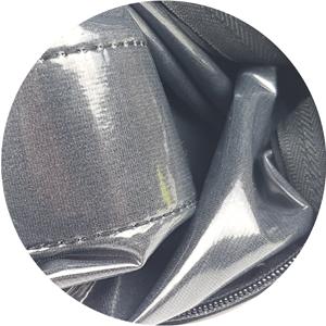 Nikkipet Joggingleine Folienauskleidung in den Fächern= leichte Reinigung