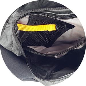 Deuter Pulse Four Hüfttasche unterteiltes Hauptfach mit kleinem Netzfach und Schlüsselkarabiner