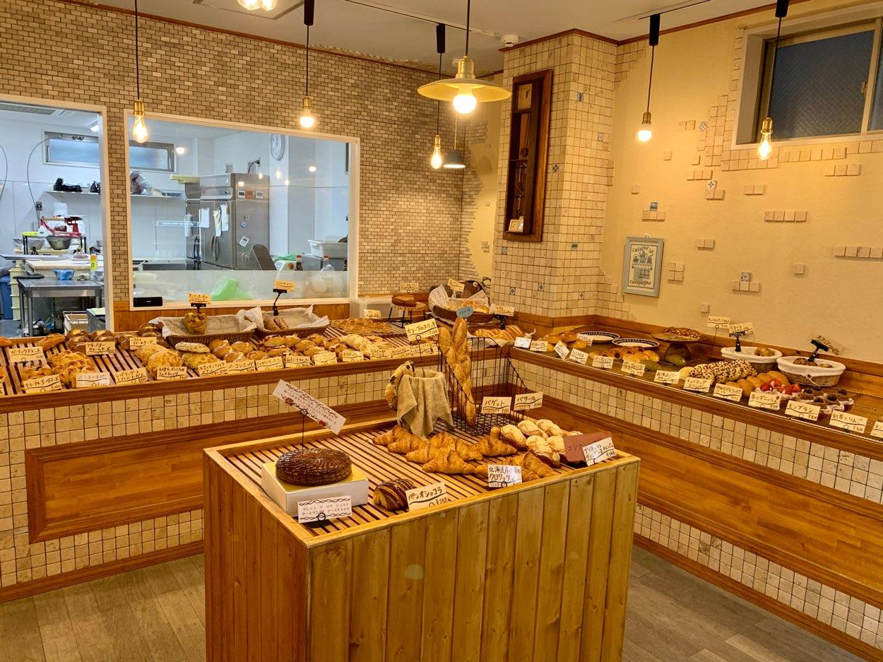 小麦香る焼き立てパン 南行徳「パン オルディネール pain ordinaire」