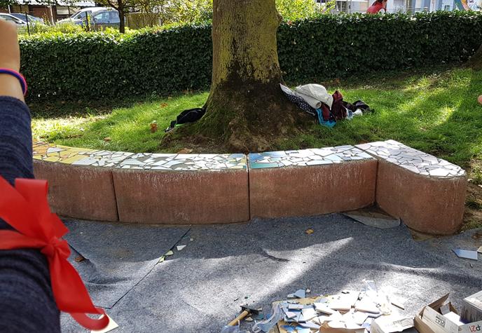 Die Mosaikbank im Blücherpark