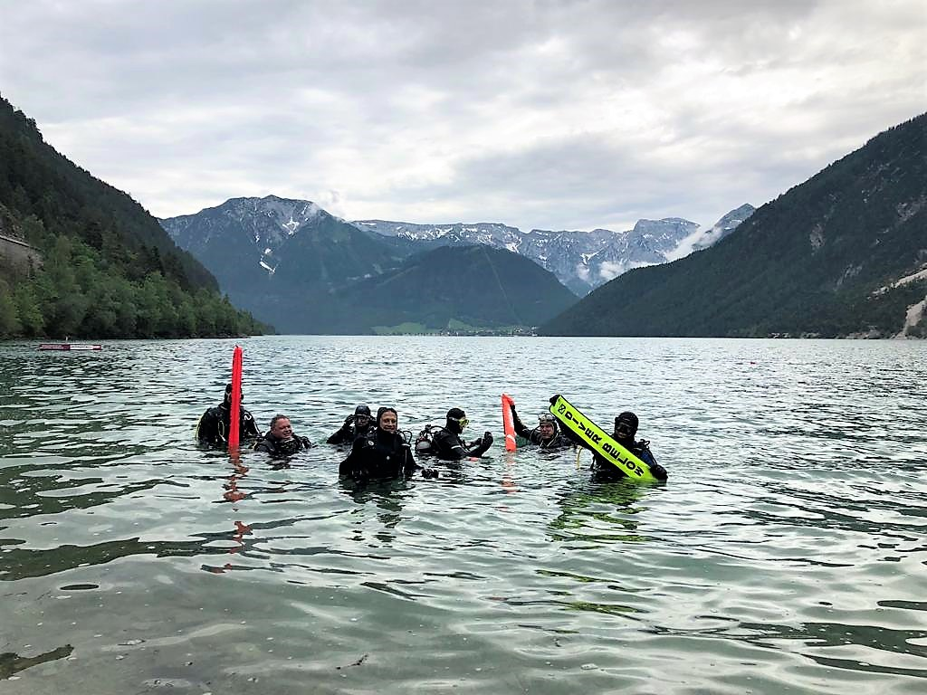 Tauchen im Bergsee     |Foto: Manuel Lieb
