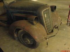 Der Opel in der Tiefgarage..