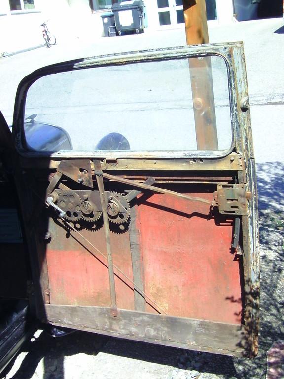Tür eines Opel Super 6