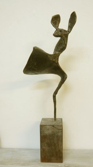 BAT - Bronze auf Holzsockel (bronze on wooden base), 38 x 12 x 12 cm, 2012