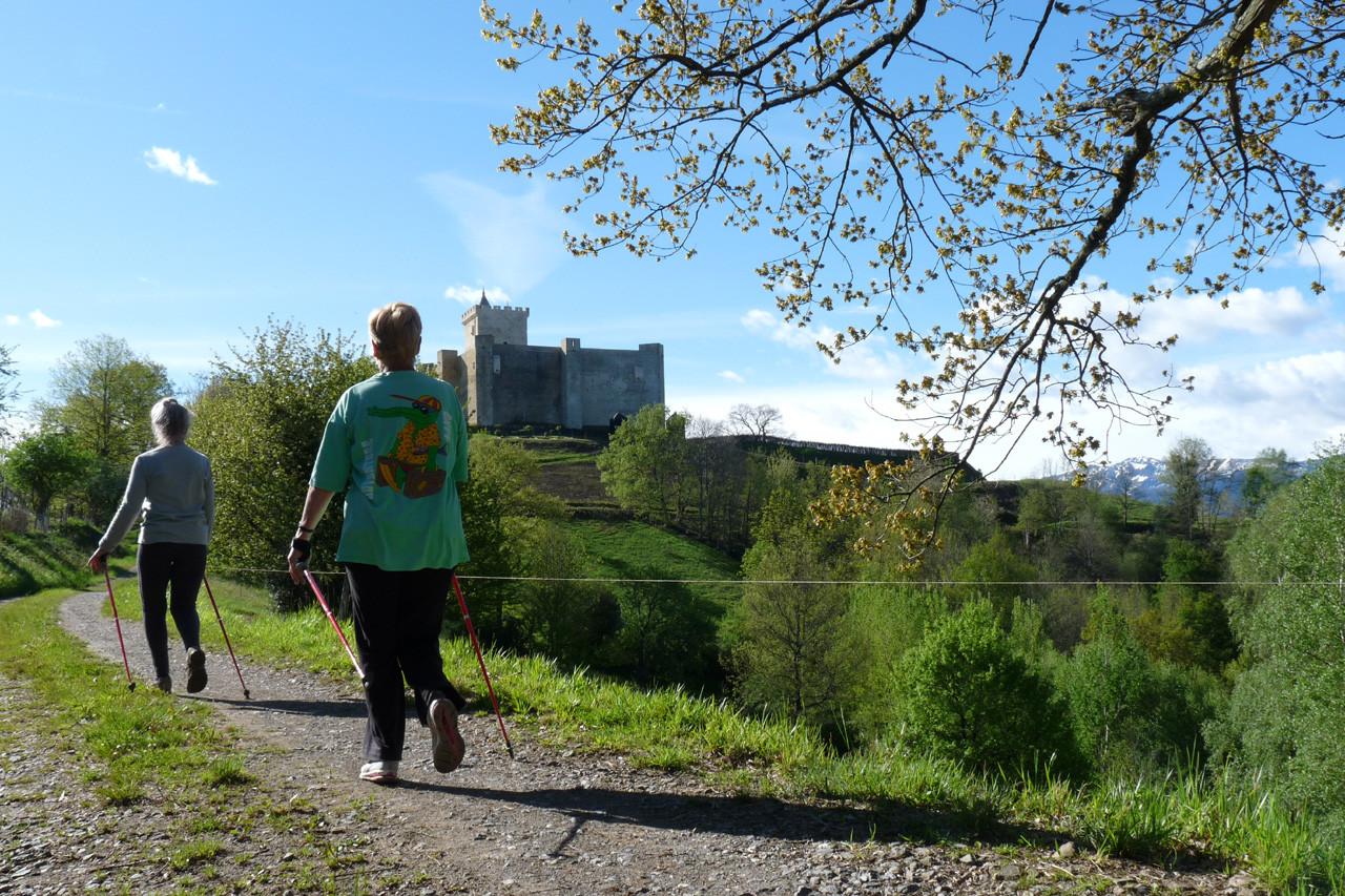 En allant au château