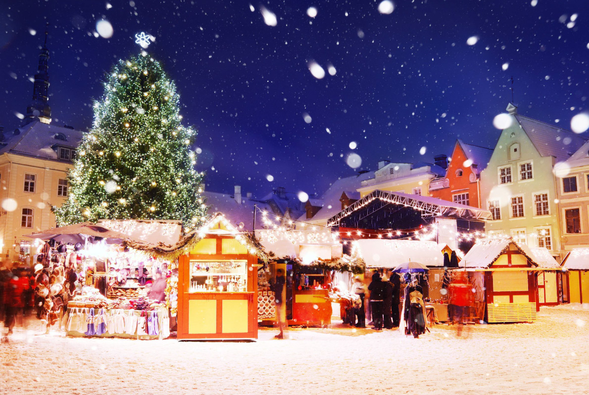 Tallinn - Best Christmas Tree in Europe - Copyright Aleksandr Stennikov - European Best Destinations