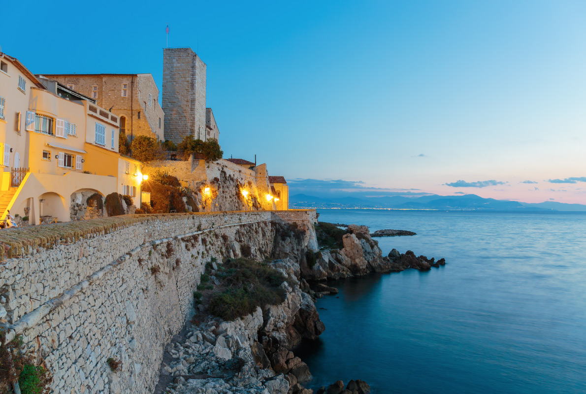 Antibes - Kate Blanchette -  Best celebrities destinations in Europe - Copyright Laborant - European Best Destinations