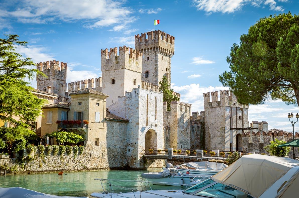 Best castles in Italy - Rocca Scaligera castle Copyright Mikolajn  - European Best Destinations