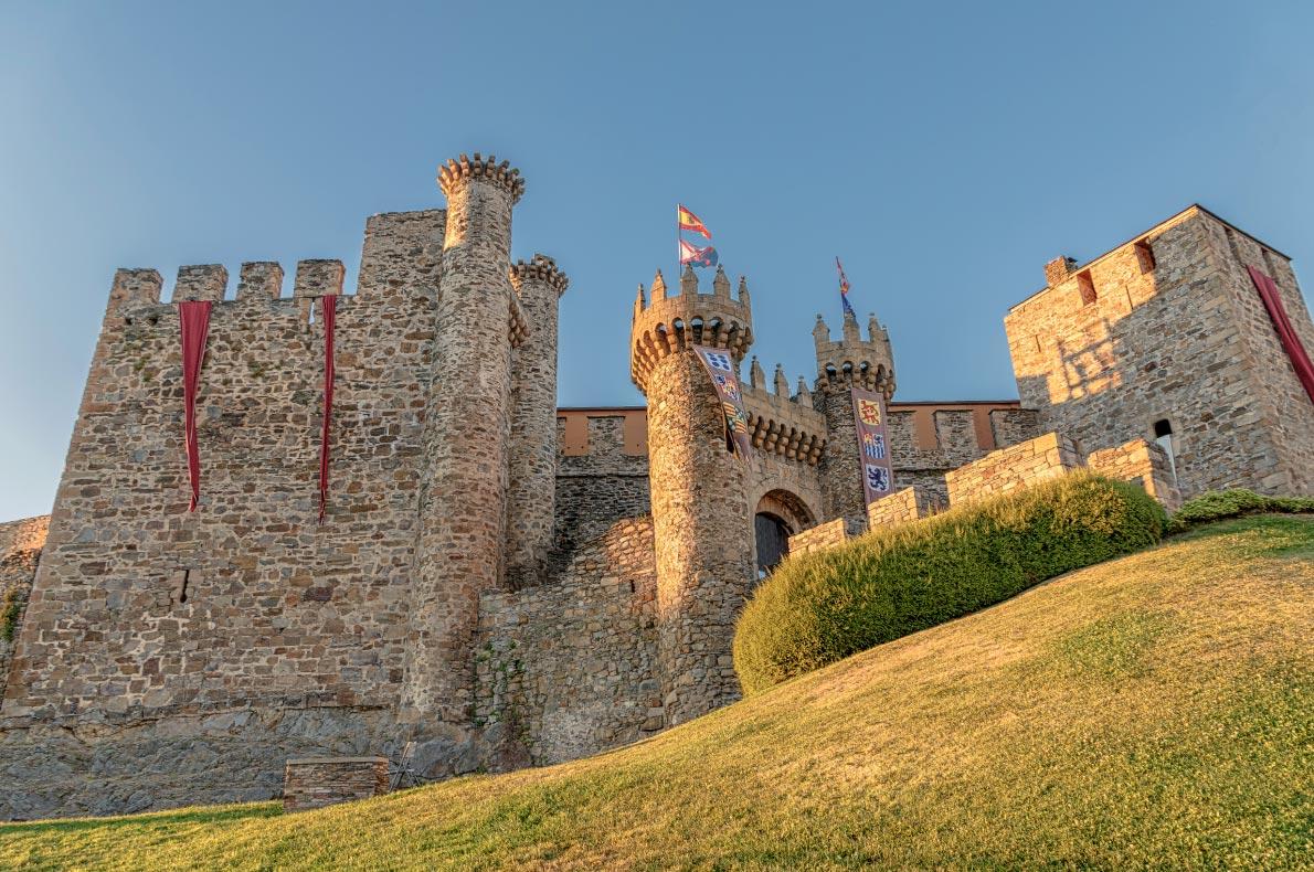 Best castles in Spain - Ponferrada Copyright Lux Blue - European Best Destinations