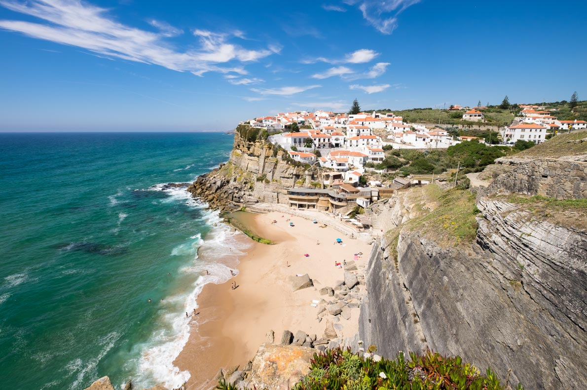 Best beaches in Portugal - Azenhas do mar - Copyright andremarinst - European Best Destinations